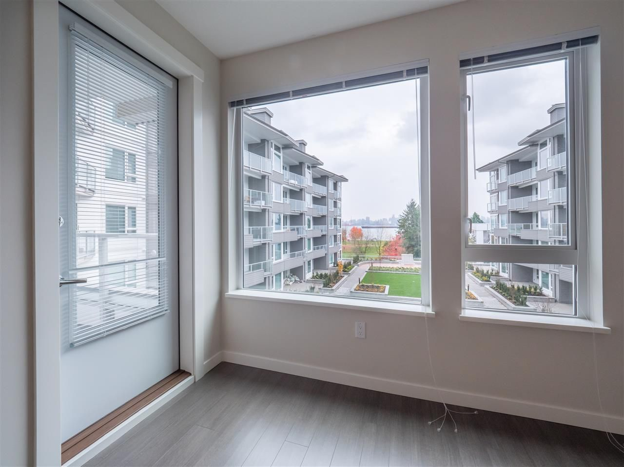 Main Photo: 301 255 W 1ST Street in North Vancouver: Lower Lonsdale Condo for sale : MLS®# R2221010