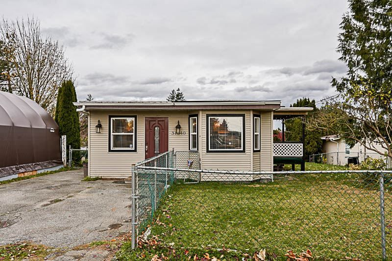 "Main Photo: 31540 MONARCH Court in Abbotsford: Poplar House for sale in ""OAKRIDGE"" : MLS®# R2222395"