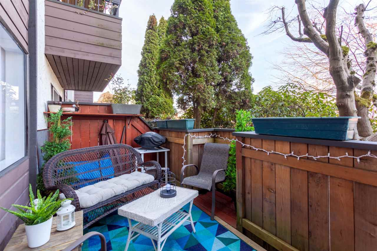 Main Photo: 105 440 E 5TH AVENUE in Vancouver: Mount Pleasant VE Condo for sale (Vancouver East)  : MLS®# R2247393