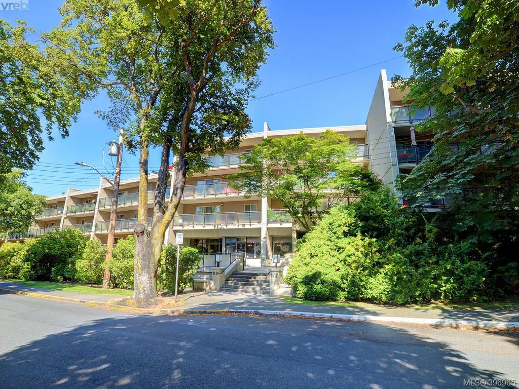 Main Photo: 301 1419 Stadacona Avenue in VICTORIA: Vi Fernwood Condo Apartment for sale (Victoria)  : MLS®# 396965