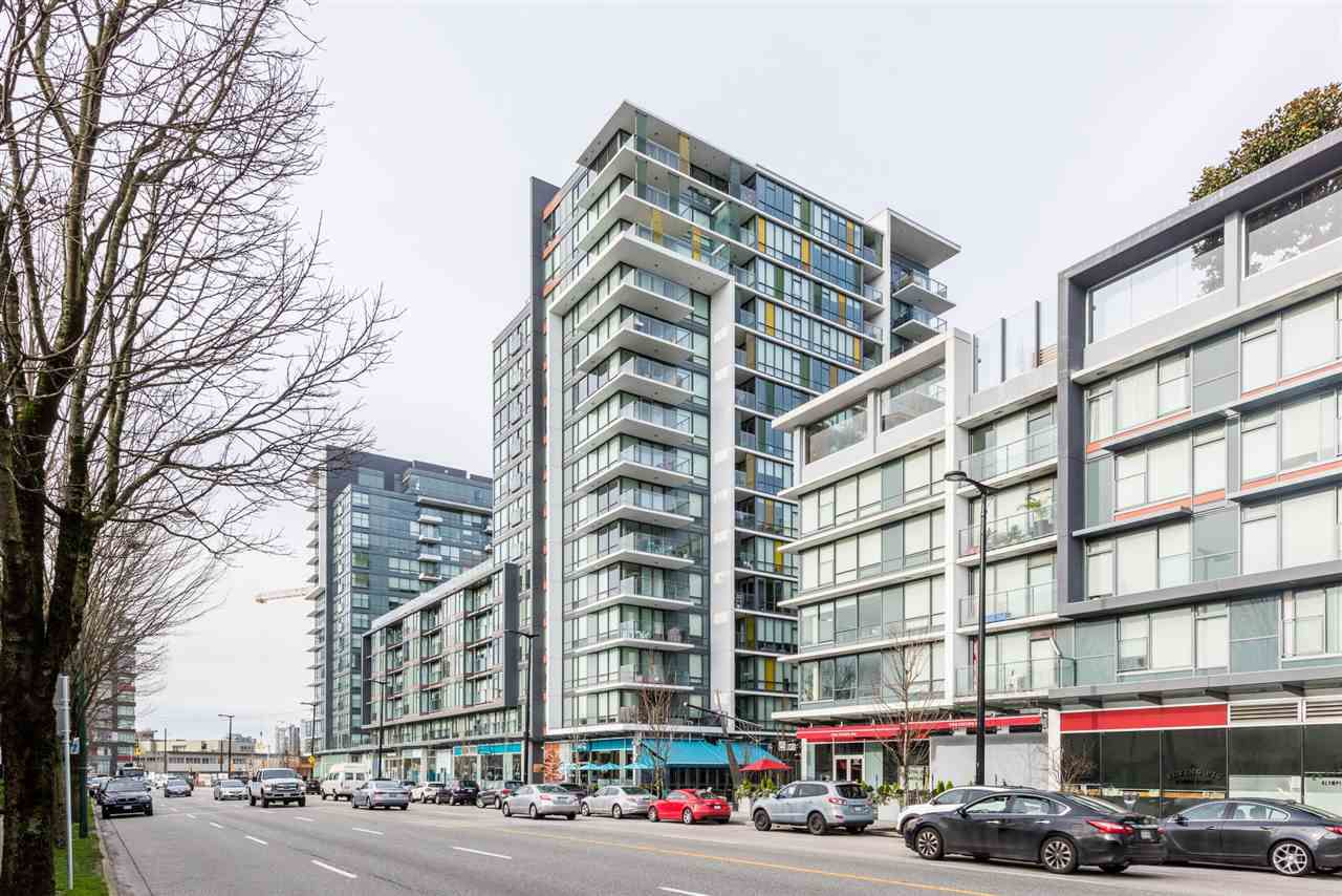 "Main Photo: 517 159 W 2ND Avenue in Vancouver: False Creek Condo for sale in ""Tower Green at West"" (Vancouver West)  : MLS®# R2332158"