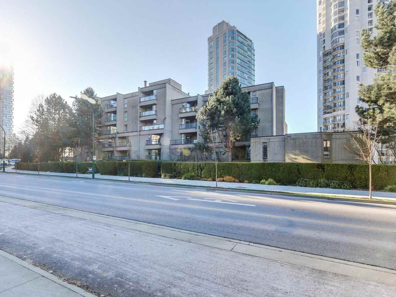 Main Photo: 708 1040 PACIFIC Street in Vancouver: West End VW Condo for sale (Vancouver West)  : MLS®# R2337728
