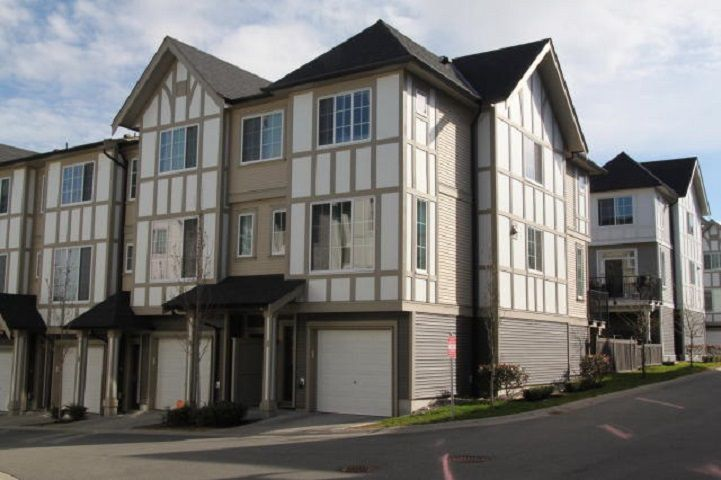 "Main Photo: 56 30989 WESTRIDGE Place in Abbotsford: Abbotsford West Townhouse for sale in ""Brighton at Westerleigh"" : MLS®# R2352664"