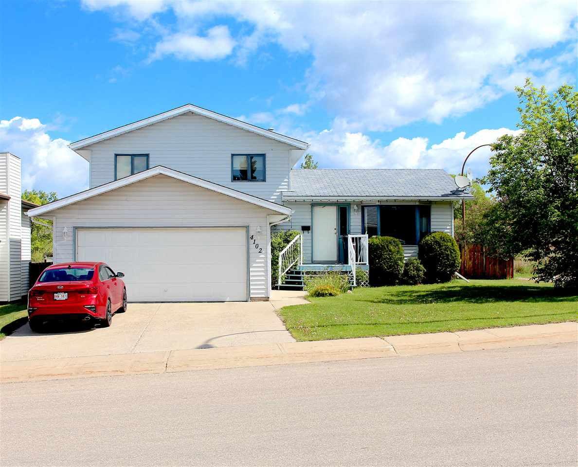 Main Photo: 4102 54 Avenue: Cold Lake House for sale : MLS®# E4161147