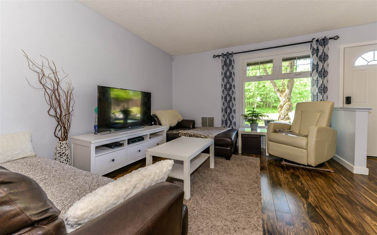 Main Photo: 5858 172 Street in Edmonton: Zone 20 Carriage for sale : MLS®# E4161261