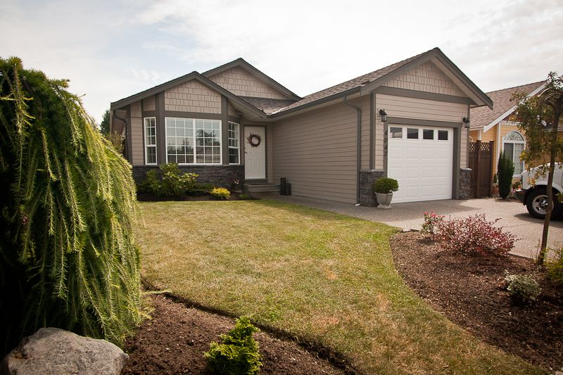 Main Photo: 4047 Valewood Drive in Nanaimo: Deerwood estates ResidentialProperty for sale (Jinglepot)  : MLS®# 341842