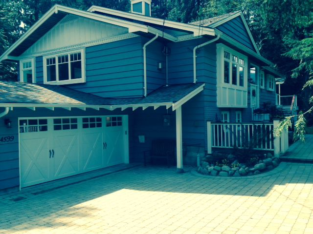 Main Photo: 4599 MAPLERIDGE Drive in North Vancouver: Canyon Heights NV House for sale : MLS®# V1058643