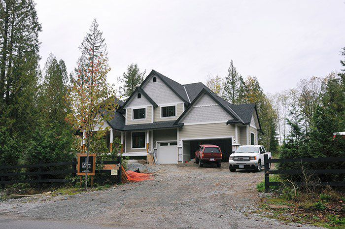"""Main Photo: 12060 264 Street in Maple Ridge: Websters Corners House for sale in """"Forest Hills"""" : MLS®# R2008465"""