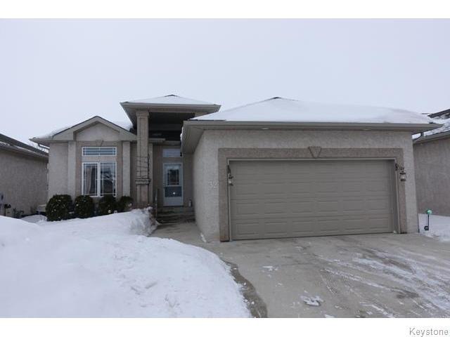 Main Photo: 32 North Plympton Village in Dugald: Anola / Dugald / Hazelridge / Oakbank / Vivian Condominium for sale (Winnipeg area)  : MLS®# 1602720