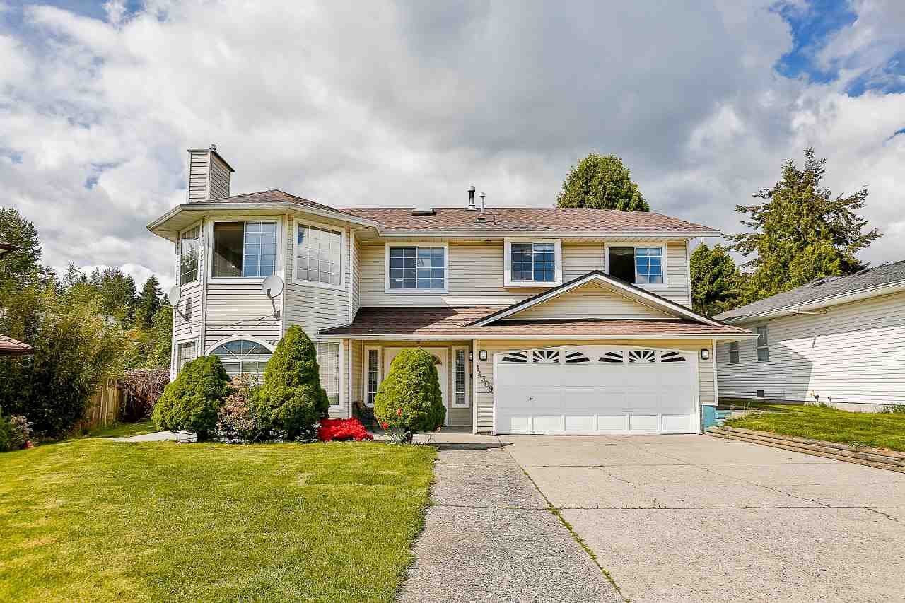Main Photo: 14309 91 Avenue in Surrey: Bear Creek Green Timbers House for sale : MLS®# R2166379