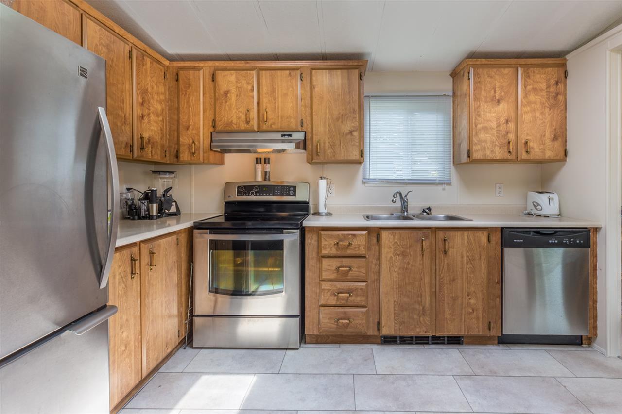 "Main Photo: 6512 BJORN Place in Sechelt: Sechelt District House for sale in ""West Sechelt"" (Sunshine Coast)  : MLS®# R2194852"