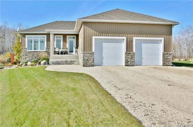 Main Photo: 47 TANGLEWOOD Bay in Kleefeld: R16 Residential for sale : MLS®# 1721751