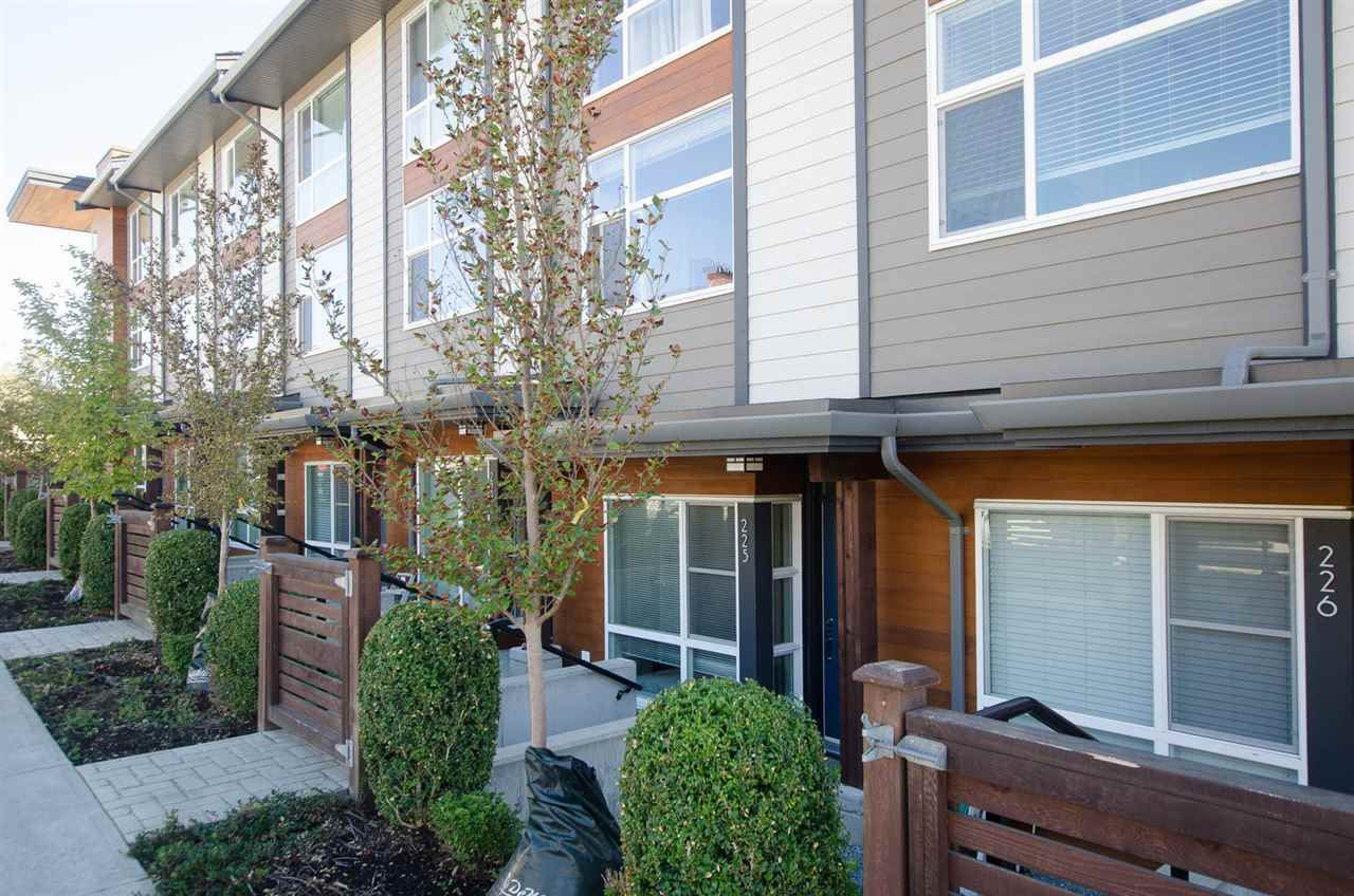"Main Photo: 225 2228 162 Street in Surrey: Grandview Surrey Townhouse for sale in ""BREEZE"" (South Surrey White Rock)  : MLS®# R2204536"