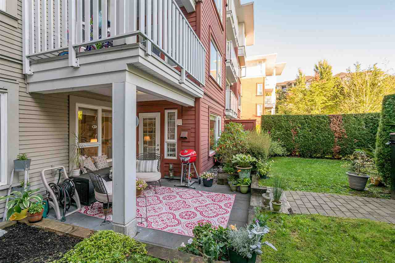 "Main Photo: 115 4723 DAWSON Street in Burnaby: Brentwood Park Condo for sale in ""COLLAGE"" (Burnaby North)  : MLS®# R2212643"