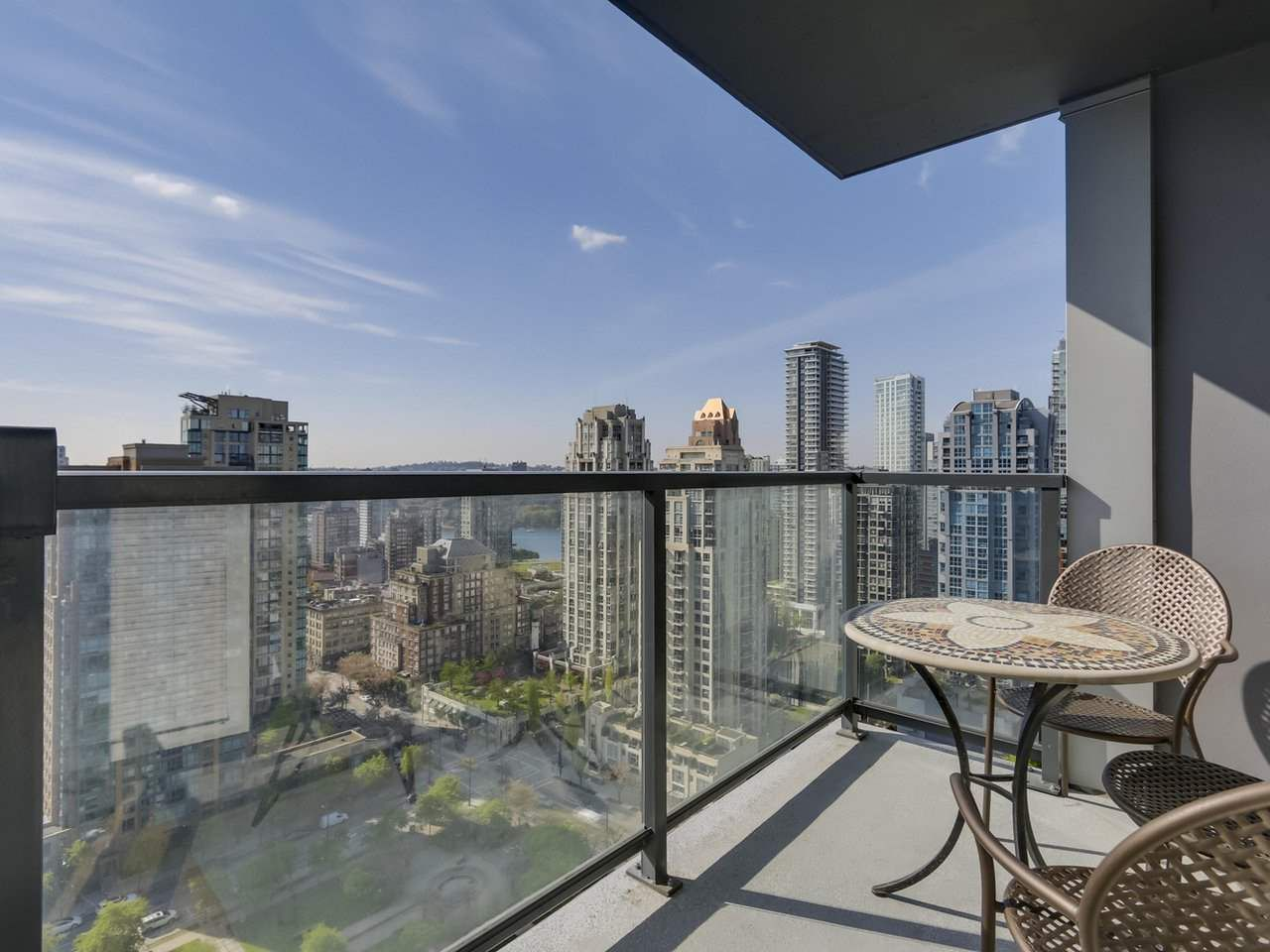 "Main Photo: 2305 1155 SEYMOUR Street in Vancouver: Downtown VW Condo for sale in ""BRAVA"" (Vancouver West)  : MLS®# R2266500"