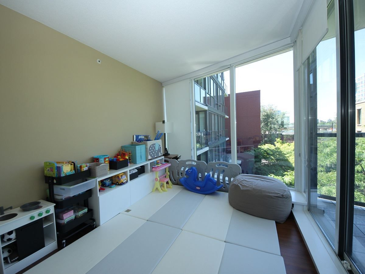 """Photo 12: Photos: 216 1483 W 7TH Avenue in Vancouver: Fairview VW Condo for sale in """"VERONA OF PORTICO"""" (Vancouver West)  : MLS®# R2288405"""