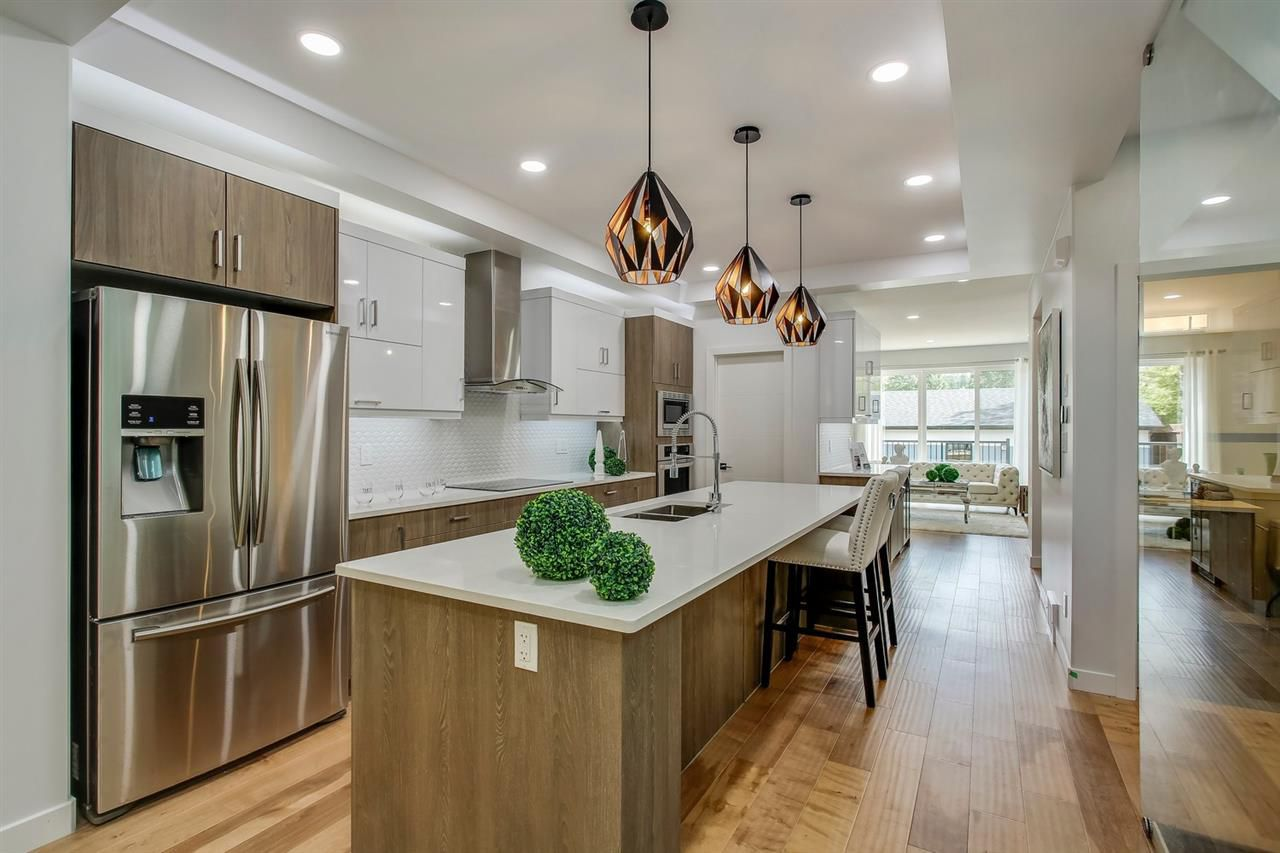 Main Photo: 10159 89 Street in Edmonton: Zone 13 House for sale : MLS®# E4126380