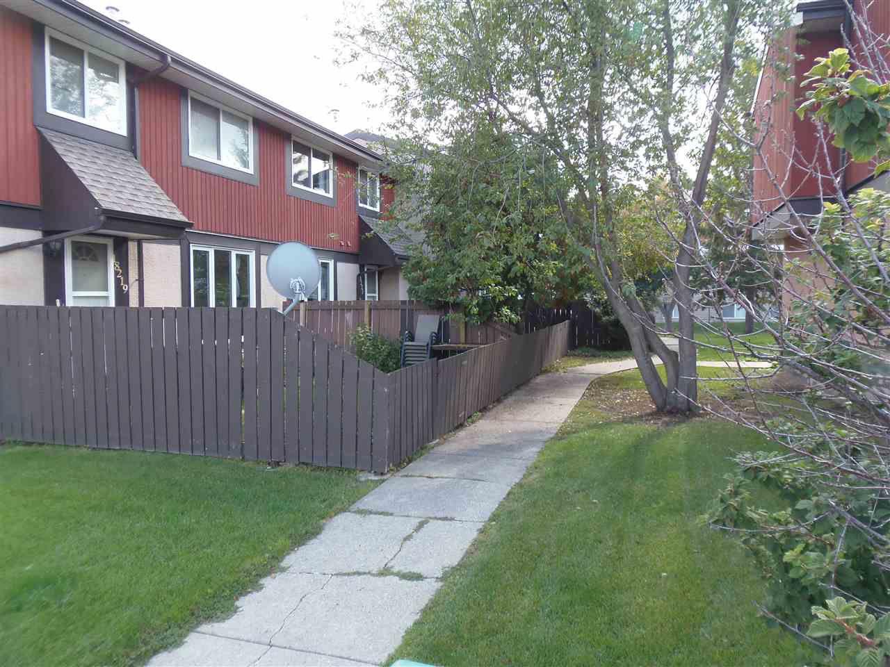Main Photo: 18223 84 Avenue in Edmonton: Zone 20 Townhouse for sale : MLS®# E4129864