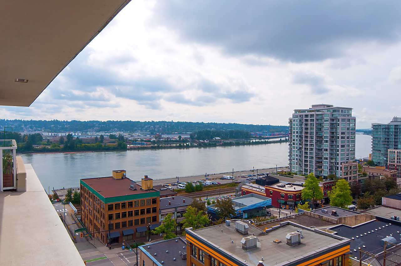 """Main Photo: 1106 39 SIXTH Street in New Westminster: Downtown NW Condo for sale in """"QUANTUM"""" : MLS®# R2316607"""