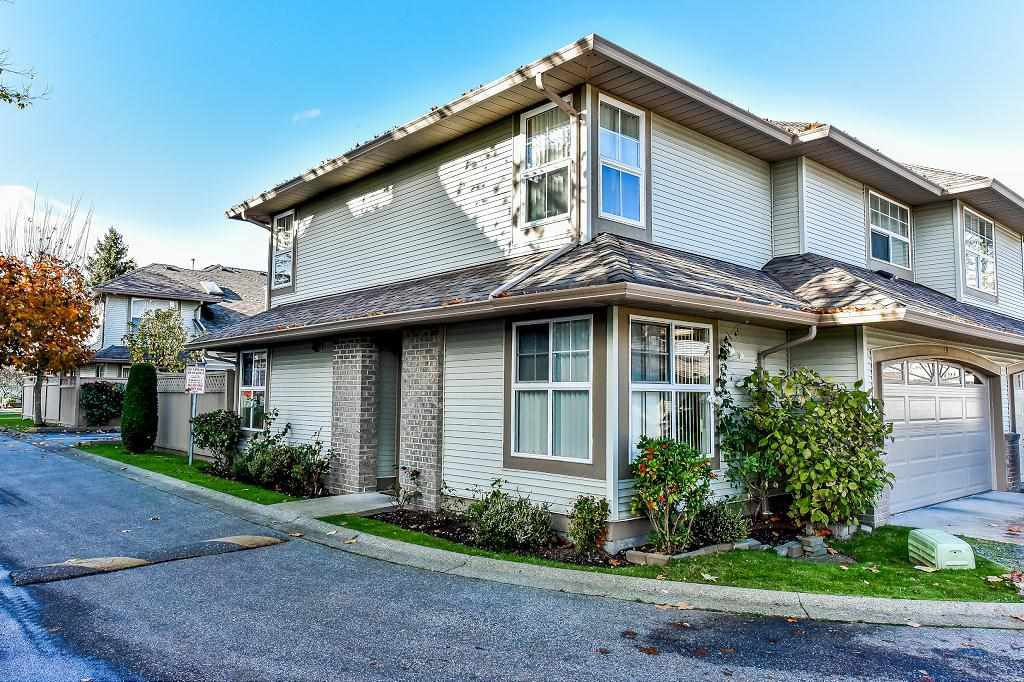 """Main Photo: 40 12165 75 Avenue in Surrey: West Newton Townhouse for sale in """"STRAWBERRY HILL ESTATES"""" : MLS®# R2320818"""