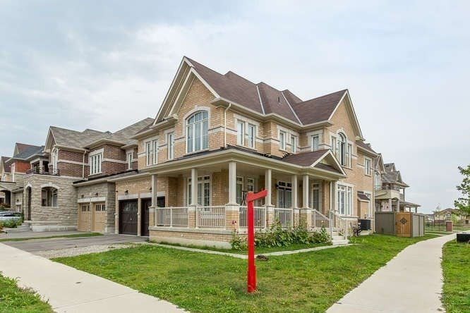 Main Photo: 51 Aldersgate Drive in Brampton: Northwest Brampton House (2-Storey) for sale : MLS®# W4393526
