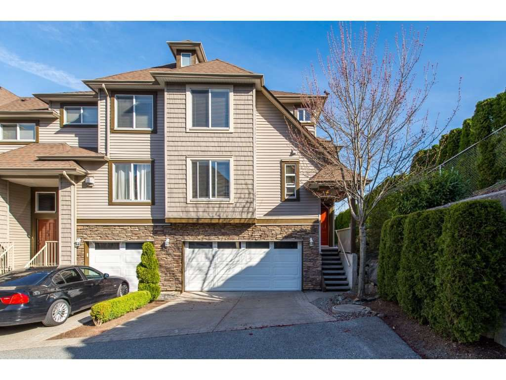 """Main Photo: 21 46778 HUDSON Road in Sardis: Promontory Townhouse for sale in """"COBBLESTONE TERRACE"""" : MLS®# R2355584"""