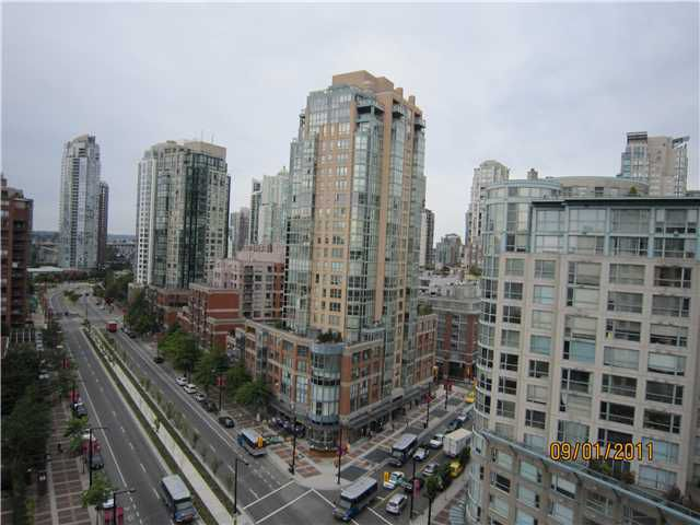 "Main Photo: 1602 189 DAVIE Street in Vancouver: Yaletown Condo for sale in ""AQUARIUS 3"" (Vancouver West)  : MLS®# V907497"