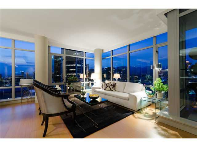 """Main Photo: 2703 788 RICHARDS Street in Vancouver: Downtown VW Condo for sale in """"L'HERMITAGE"""" (Vancouver West)  : MLS®# V912496"""