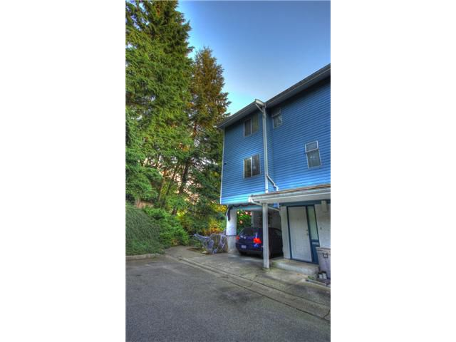 "Main Photo: 39 1240 FALCON Drive in Coquitlam: Upper Eagle Ridge Townhouse for sale in ""FALCON RIDGE"" : MLS®# V914905"