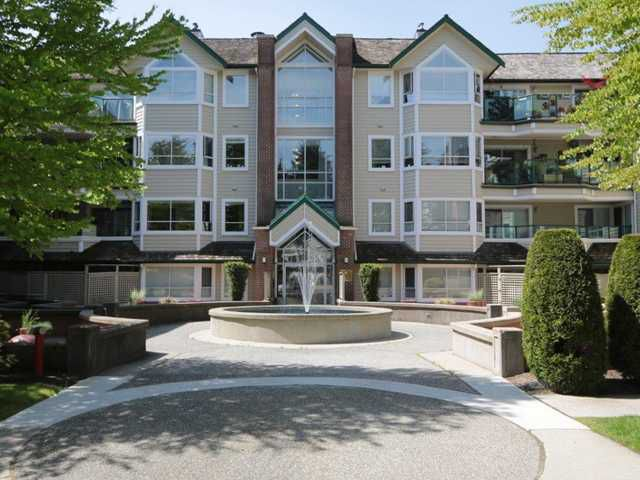 """Main Photo: 403 3670 BANFF Court in North Vancouver: Northlands Condo for sale in """"PARKGATE MANOR"""" : MLS®# V1065587"""