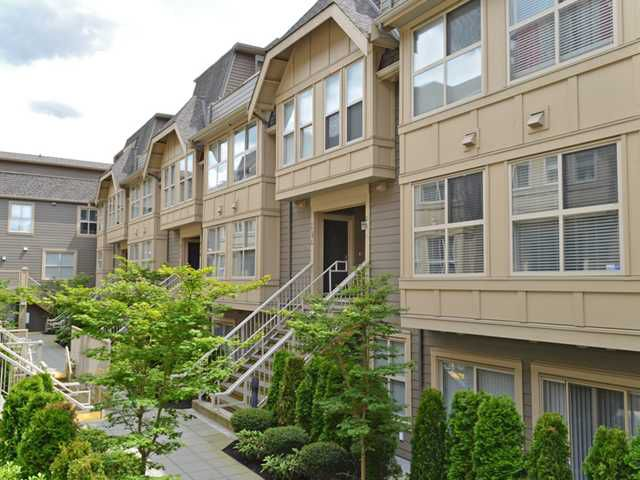 """Main Photo: 222 2110 ROWLAND Street in Port Coquitlam: Central Pt Coquitlam Townhouse for sale in """"AVIVA ON THE PARK"""" : MLS®# V1071983"""