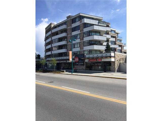 "Main Photo: 406 5665 TEREDO Street in Sechelt: Sechelt District Condo for sale in ""WATERMARK"" (Sunshine Coast)  : MLS®# R2006368"
