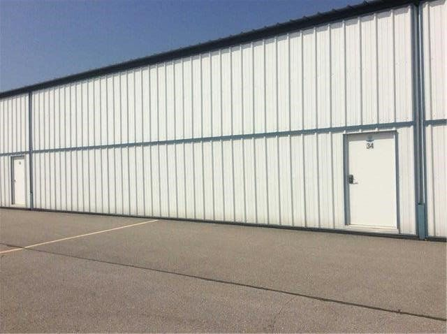Main Photo: 441 Aviator Lane in Oshawa: Taunton Property for sale : MLS®# E3524429