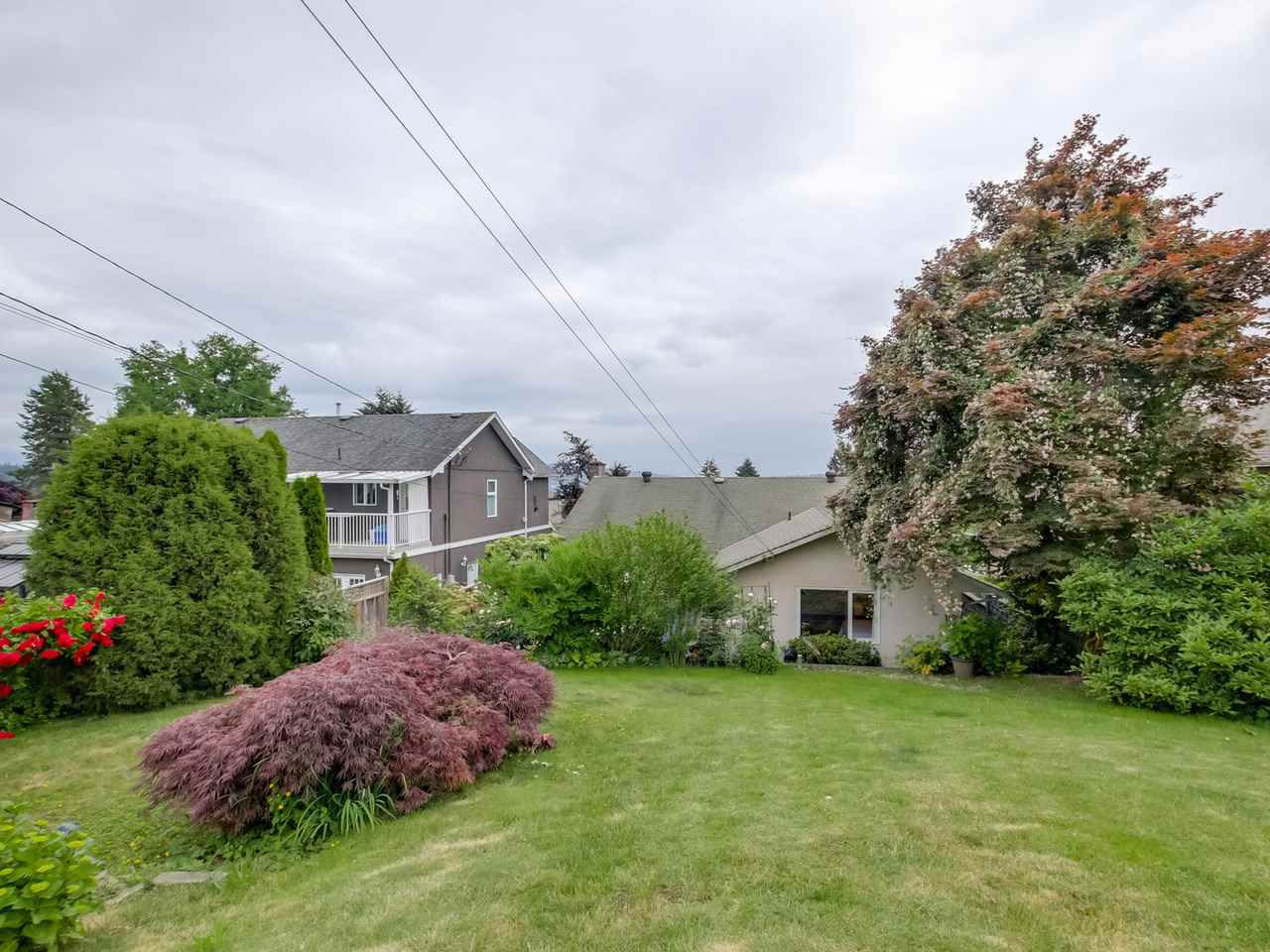 Photo 16: Photos: 1014 CALVERHALL Street in North Vancouver: Calverhall House for sale : MLS®# R2090205