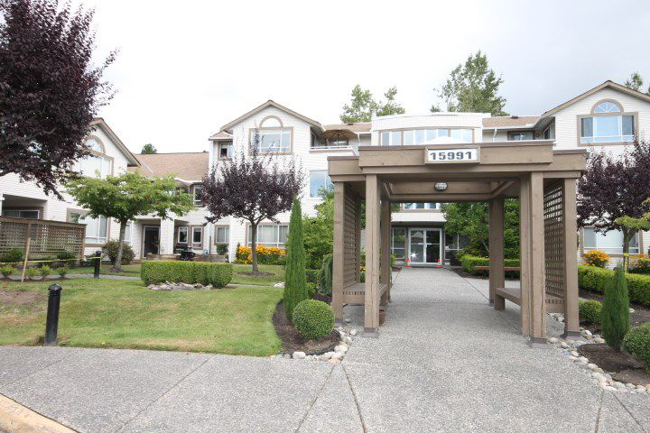 """Main Photo: 310 15991 THRIFT Avenue: White Rock Condo for sale in """"ARCADIAN"""" (South Surrey White Rock)  : MLS®# R2100910"""