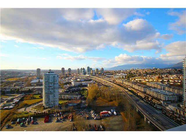 Main Photo: 3101 2133 DOUGLAS Road in Burnaby: Brentwood Park Condo for sale (Burnaby North)  : MLS®# R2133829
