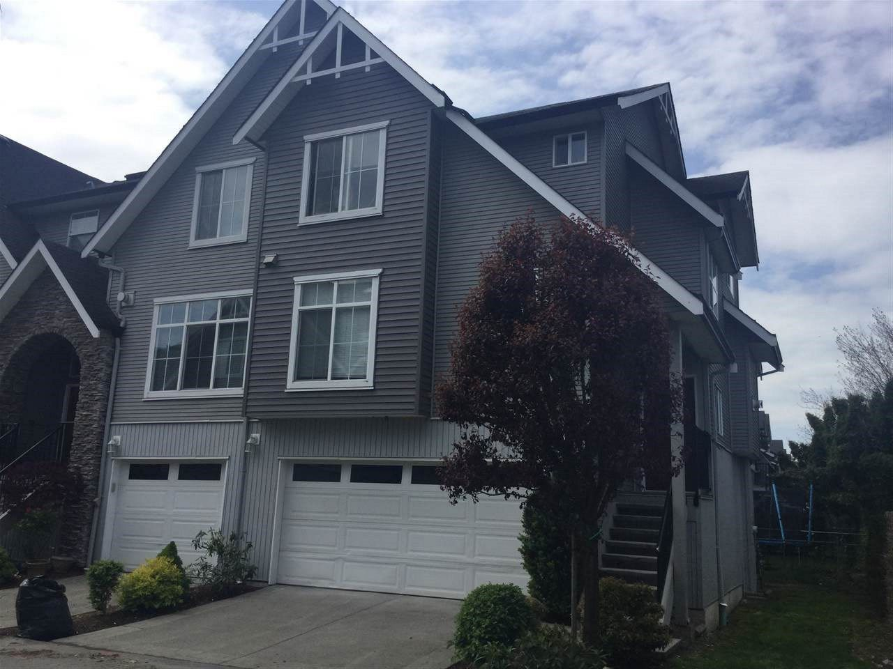 Main Photo: 50 8881 WALTERS Street in Chilliwack: Chilliwack E Young-Yale Townhouse for sale : MLS®# R2167613