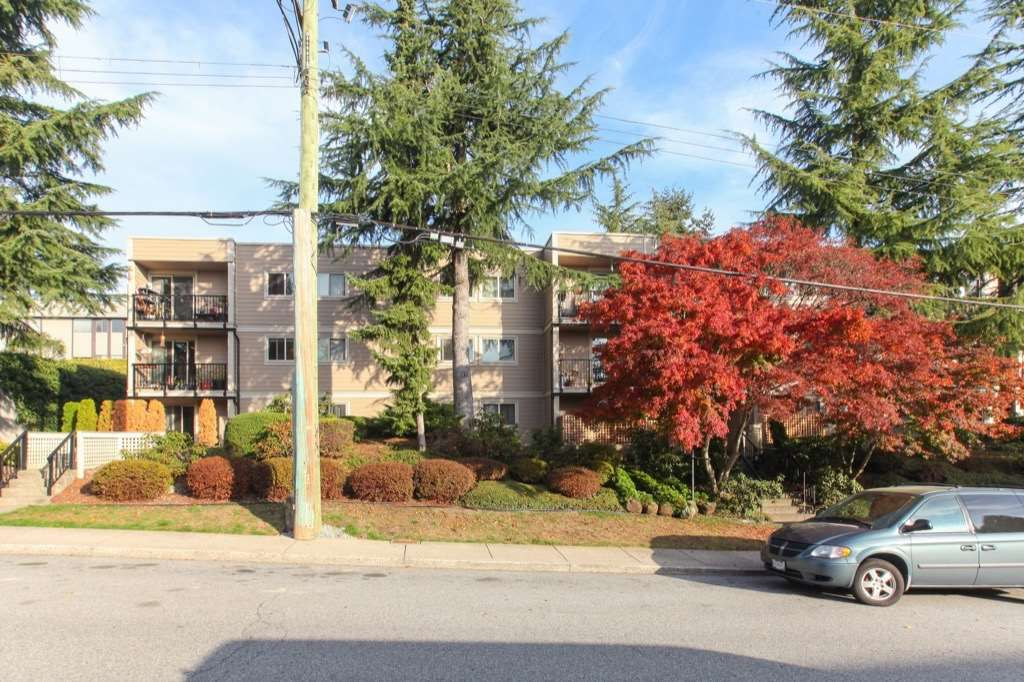 Main Photo: 303 1121 HOWIE AVENUE in Coquitlam: Central Coquitlam Condo for sale : MLS®# R2218435