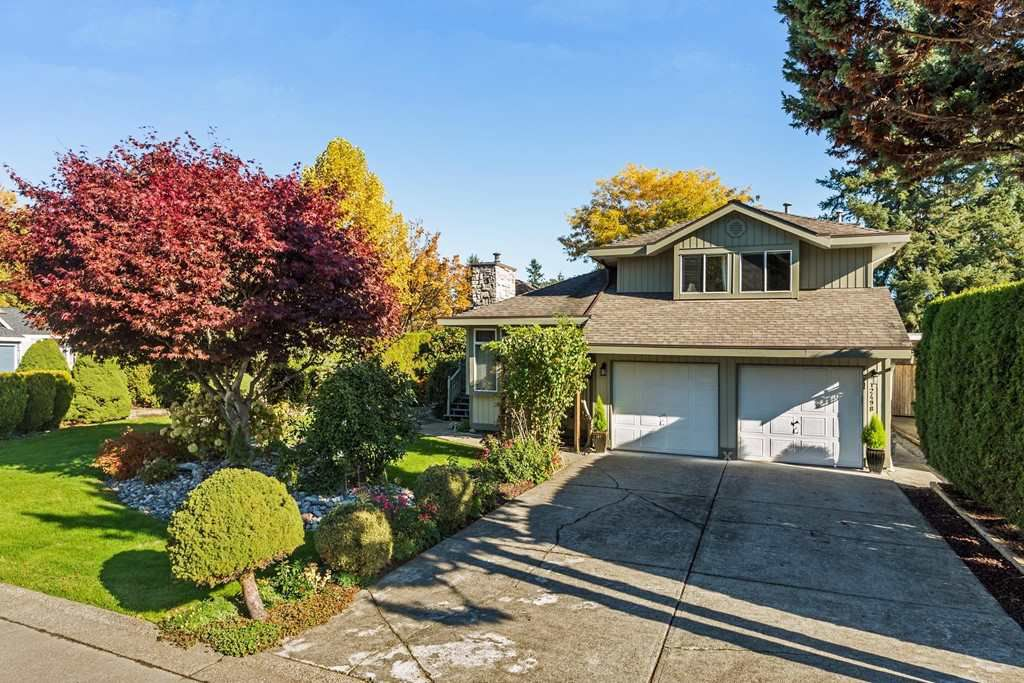 Main Photo: 12498 202B Street in Maple Ridge: Northwest Maple Ridge House for sale : MLS®# R2222148