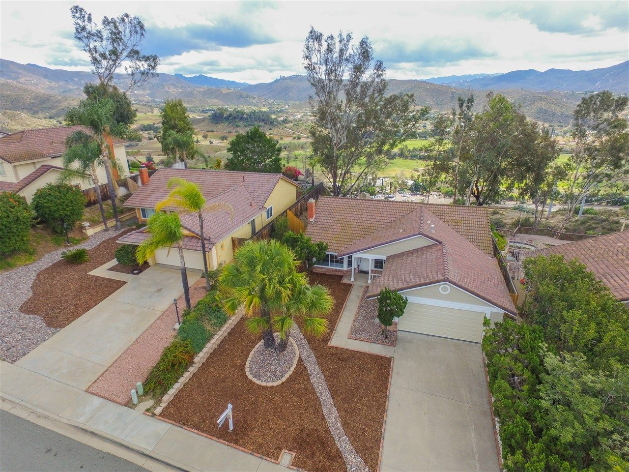Main Photo: RANCHO SAN DIEGO House for sale : 4 bedrooms : 2324 Wind River in El Cajon