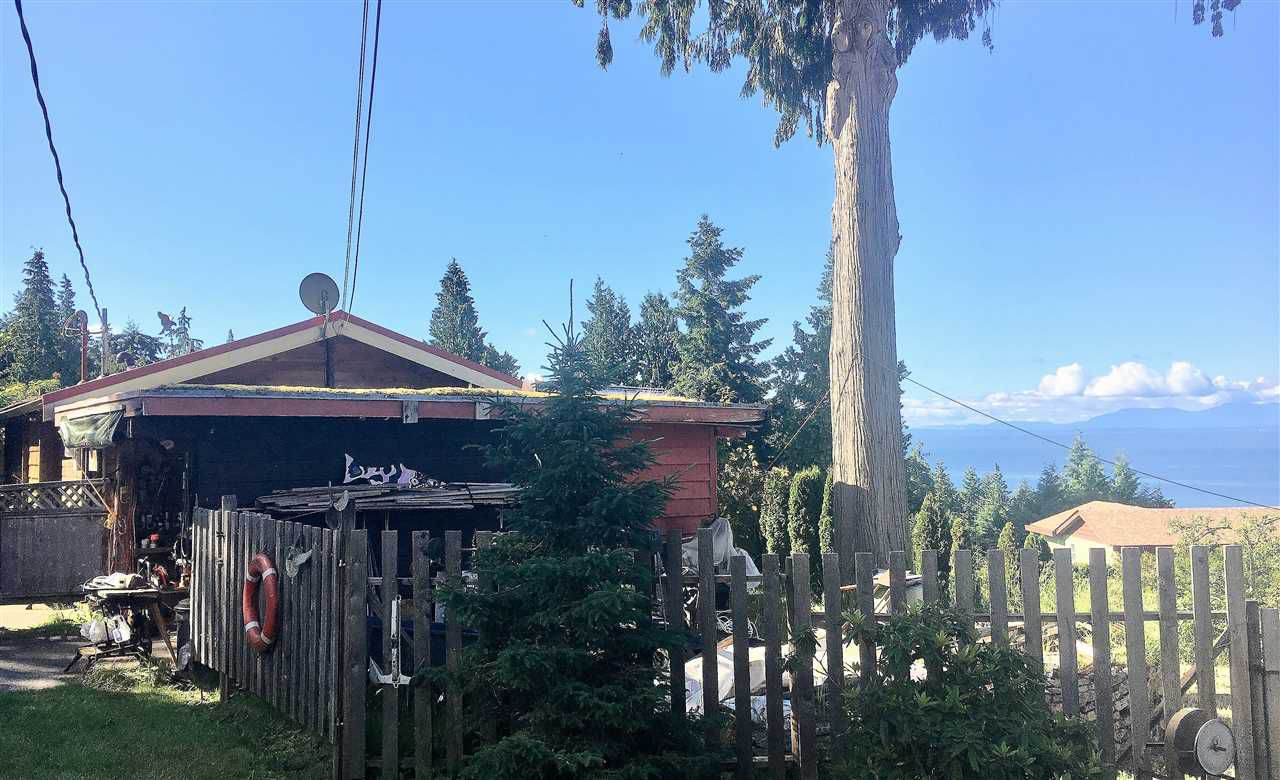 Main Photo: 1411 VELVET Road in Gibsons: Gibsons & Area House for sale (Sunshine Coast)  : MLS®# R2320239