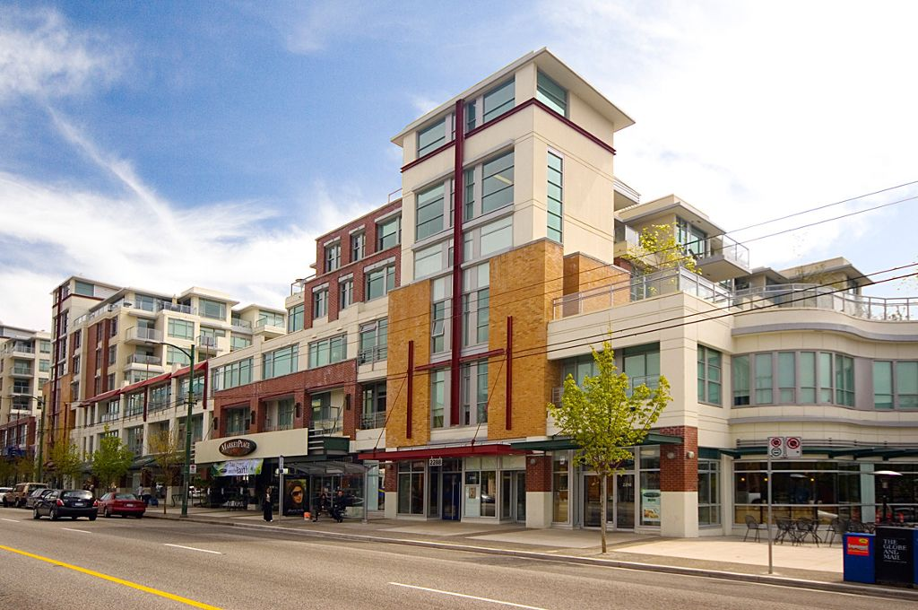 Main Photo: 321 2268 W BROADWAY in Vancouver: Kitsilano Condo for sale (Vancouver West)  : MLS®# V873828