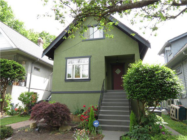 """Main Photo: 1610 SEMLIN Drive in Vancouver: Grandview VE House for sale in """"The Drive"""" (Vancouver East)  : MLS®# V1126546"""
