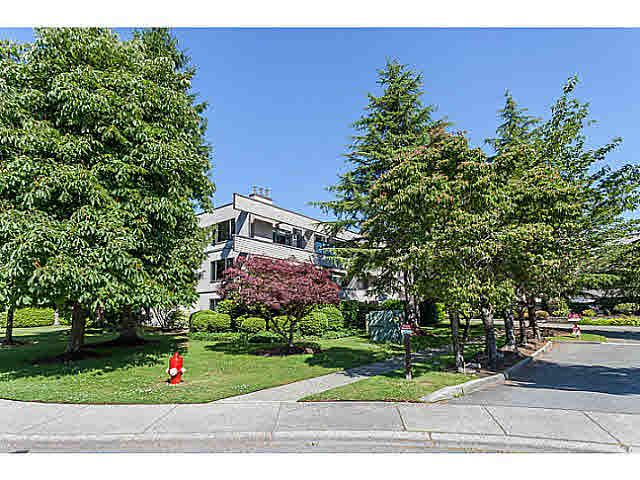 "Main Photo: 307 15275 19 Avenue in Surrey: King George Corridor Condo for sale in ""VILLAGE TERRACE"" (South Surrey White Rock)  : MLS®# F1445069"