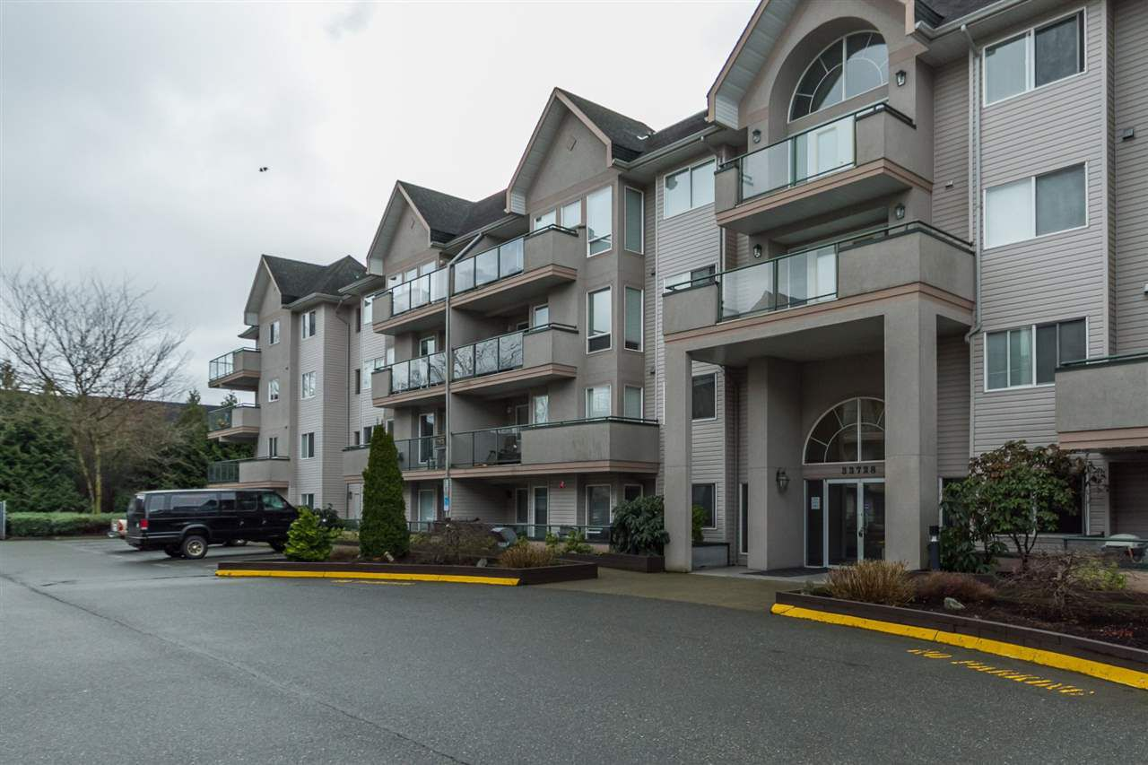 """Main Photo: 205 33728 KING Road in Abbotsford: Poplar Condo for sale in """"College Park"""" : MLS®# R2150276"""