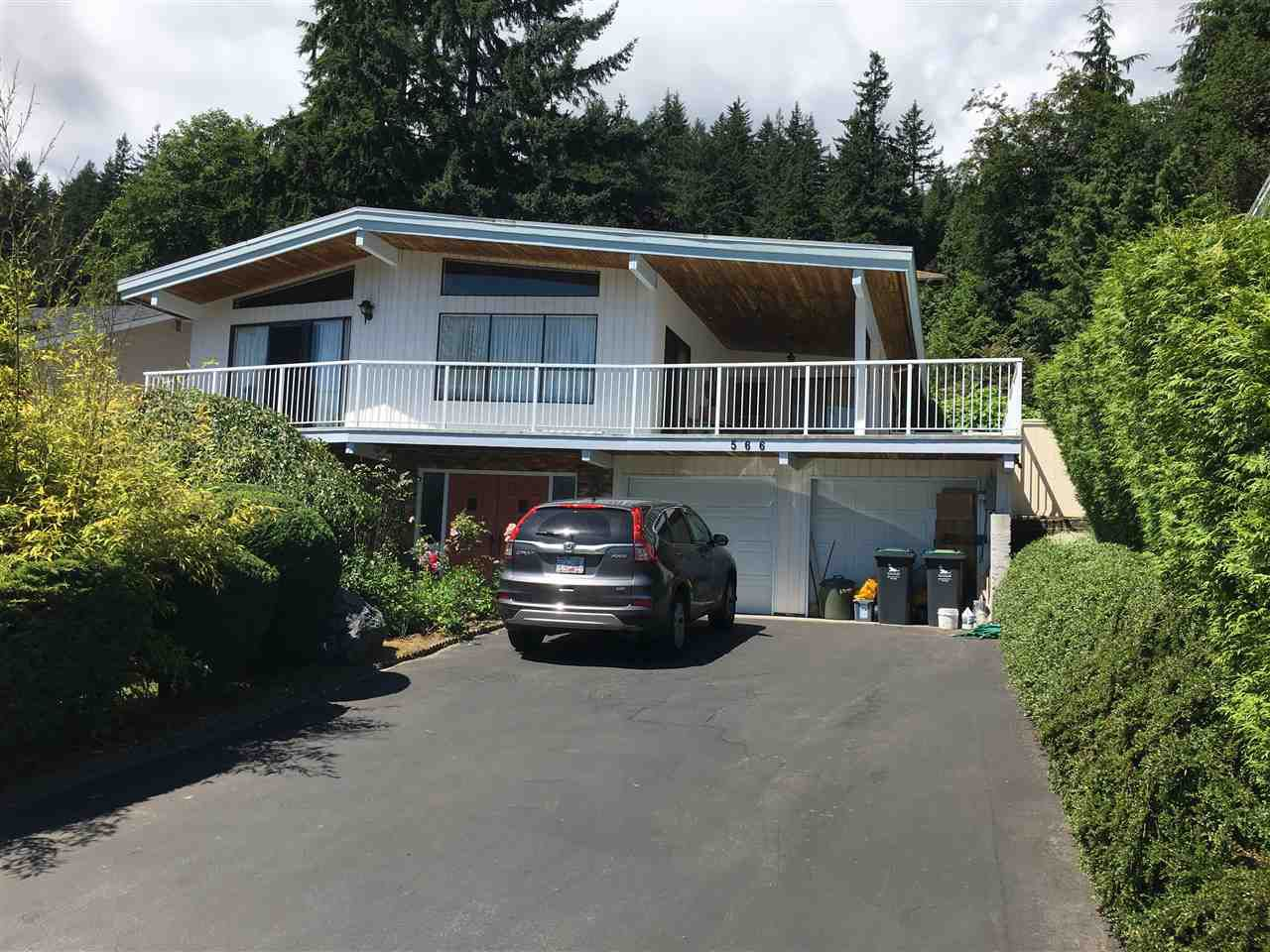 Main Photo: 566 E BRAEMAR Road in North Vancouver: Braemar House for sale : MLS®# R2191399