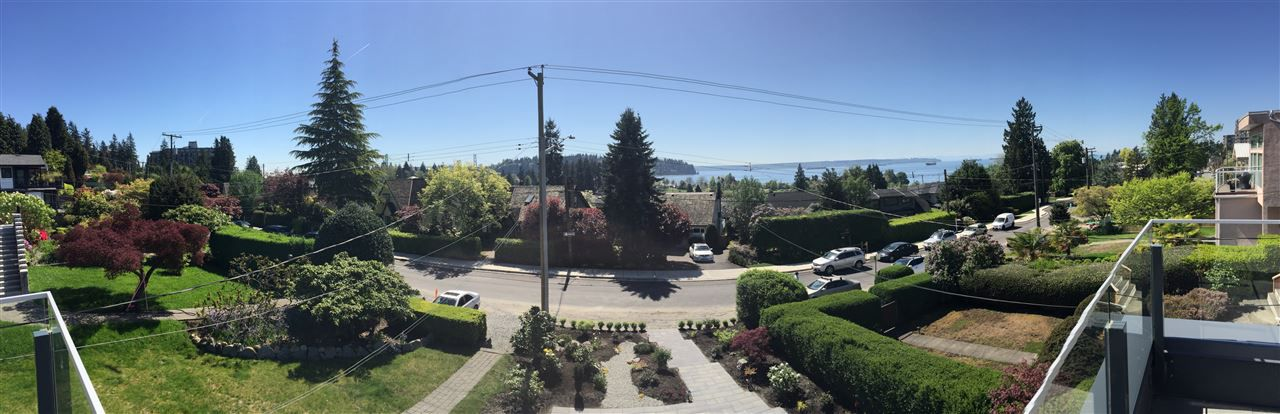 Main Photo: 1155 KEITH ROAD in West Vancouver: Ambleside House for sale : MLS®# R2069452