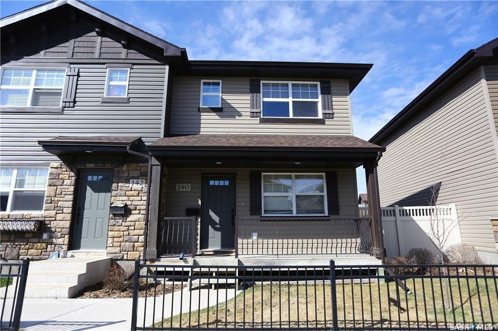 Main Photo: 17 140 Langlois Way in Saskatoon: Stonebridge Residential for sale : MLS®# SK748990