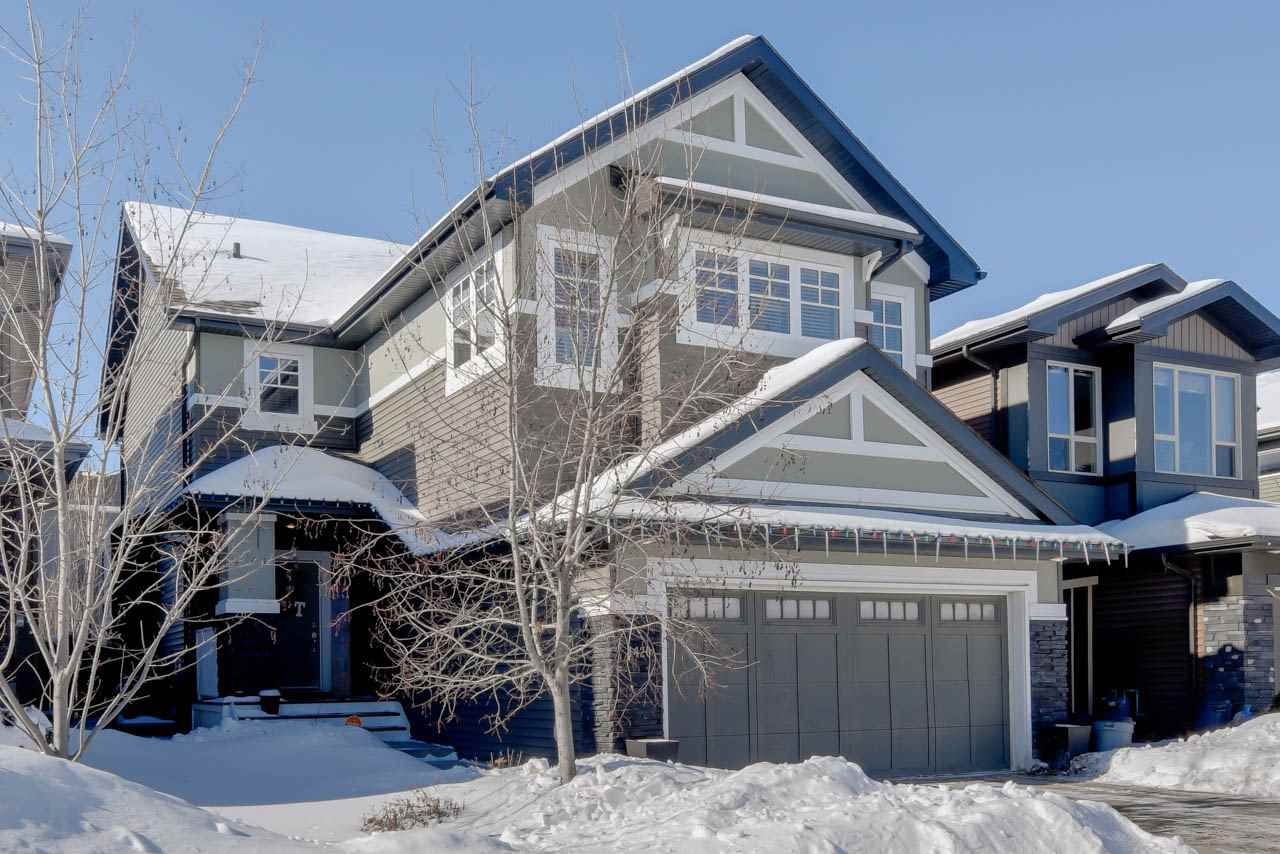 Main Photo: 1420 CHAHLEY Place in Edmonton: Zone 20 House for sale : MLS®# E4146343