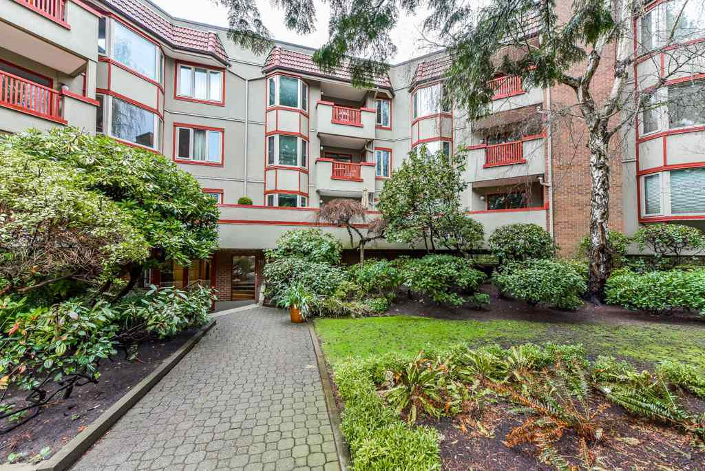 """Main Photo: 217 7531 MINORU Boulevard in Richmond: Brighouse South Condo for sale in """"CYPRESS POINT"""" : MLS®# R2355164"""